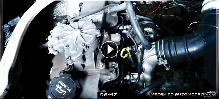 Vídeo: Adaptación de Tuberías del Sistema de Enfriamiento en un Motor Toyota 2C