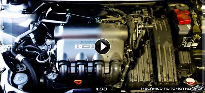 Vídeo de Cómo Limpiar y Lavar el Motor y Componentes Electrónicos Bajo el Capó